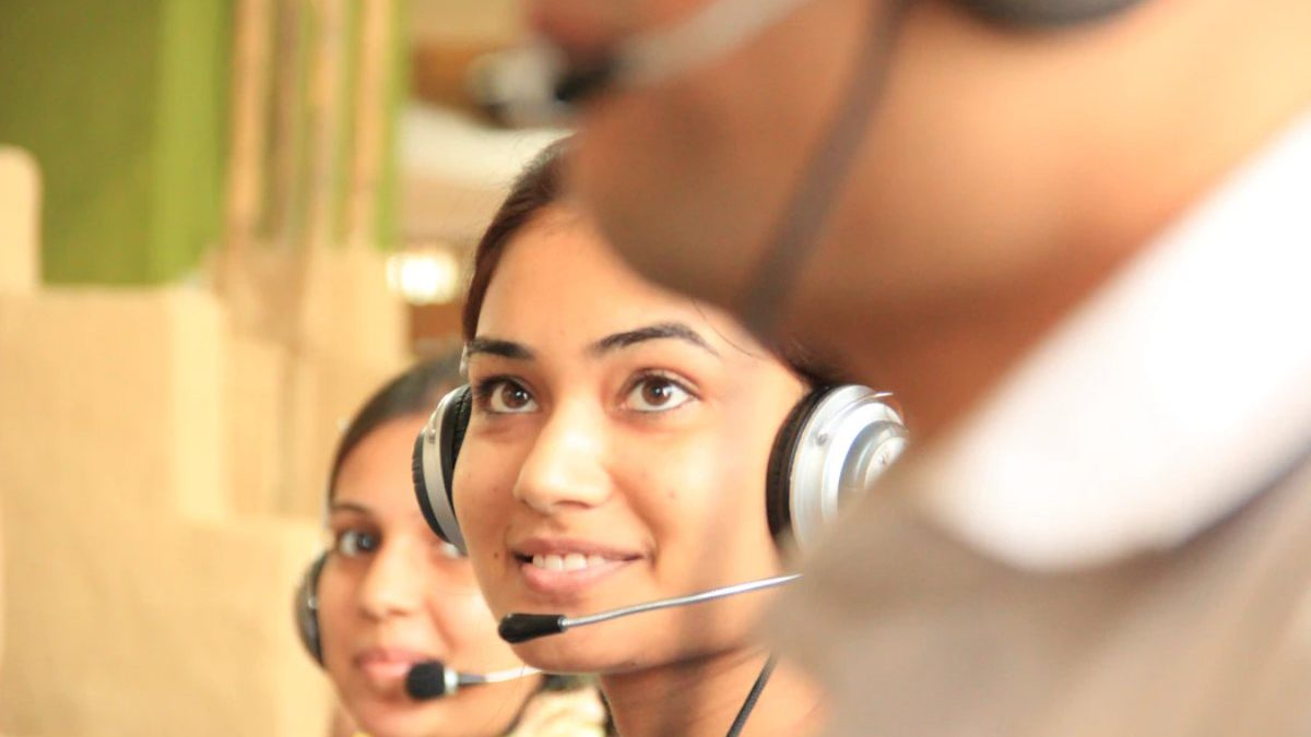 Why Can't AI Replace Call Center Agents Soon?
